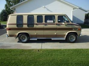 1985 Chevy Handicap Lift Van-LOW Miles
